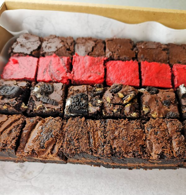 Postal Brownies gift to UK for family, friends, corporate, clients