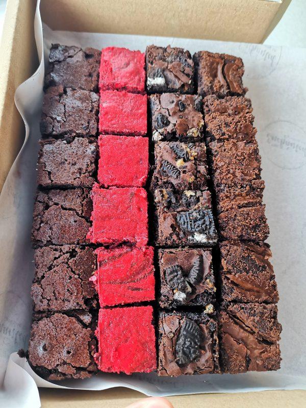 Postal Brownies deluxe box